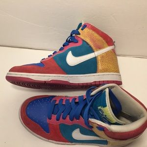 Nike Womens Dunk High 6.0 Sneakers